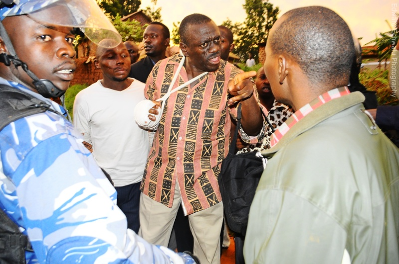 Kizza Besigye is arrested a few metres from his home in Kasangati on April 18, 2011