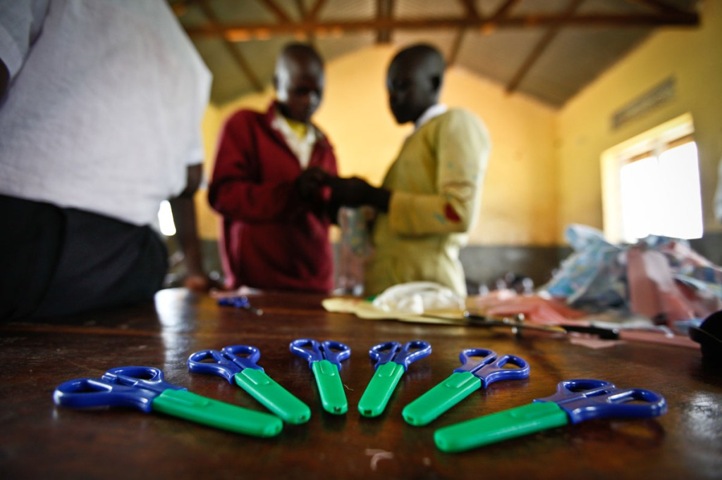 From ordinary tools such as scissors and needles, girls of Awere have been equipped enough to make sanitary pads. Awere Primary school, located 80km northeast of Gulu town started the project of hand making sanitary pads to keep girls at school.